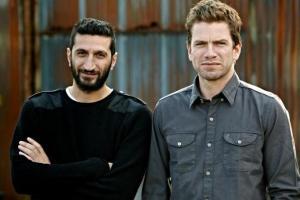 Svenske Fares Fares og danske Nikolaj Lie Kaas i rollene som Hafez al-Assad og Carl Mørch