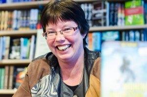 """Min fantastiske redaktør Monika Nordland Yndestad. Forfatteren av """"Jentene fra baletten"""" og """"Gapestokk"""". Foto: Bergen Bibliotek"""